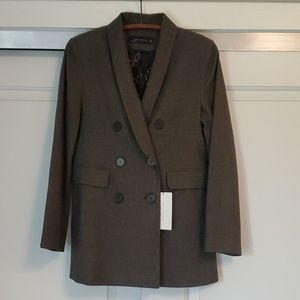 NWT...GORGEOUS Zara Woman checked blazer!
